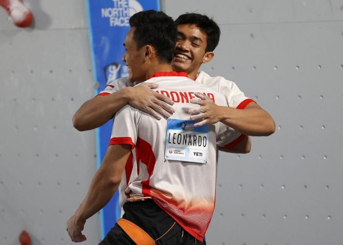 Dua Atlet Panjat Tebing Indonesia Ukir Rekor Dunia di Amerika Serikat