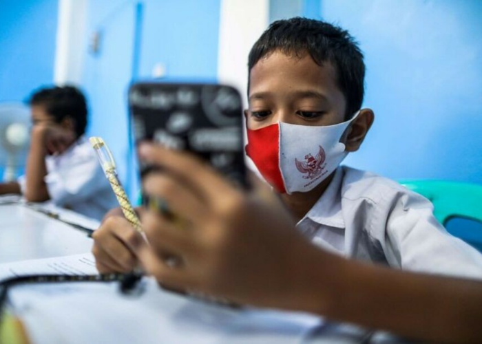 Kemendikbud Lanjutkan Kebijakan Bantuan Kuota Data Internet Tahun 2021
