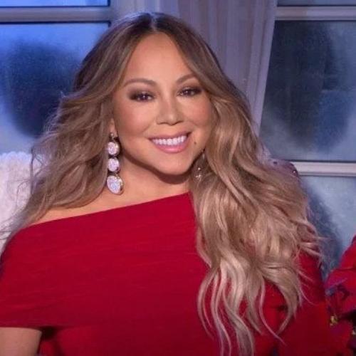 Bangga! Mariah Carey Pakai Perhiasaan Buatan Indonesia