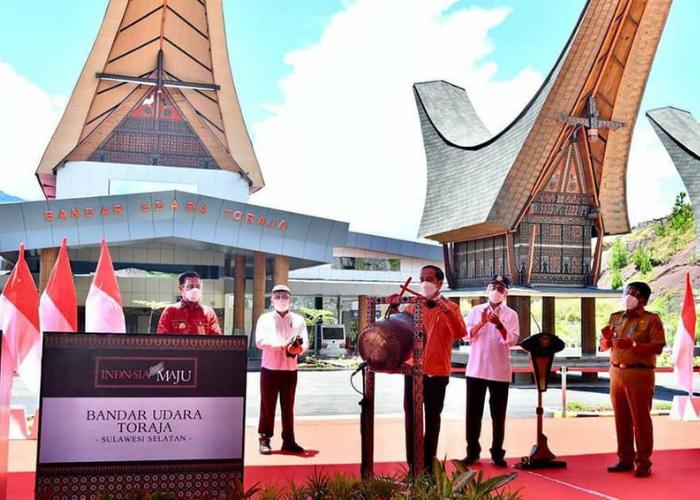 Presiden Jokowi Resmikan Bandar Udara Toraja