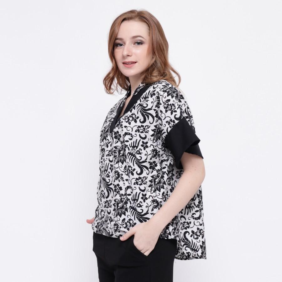 Batik Dirga Gaius Atasan Wanita / Blouse Batik