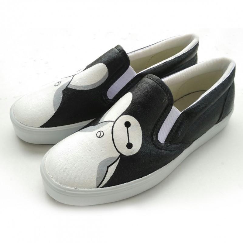 Sepatu Lukis Baymax (Big Hero 6) Hitam