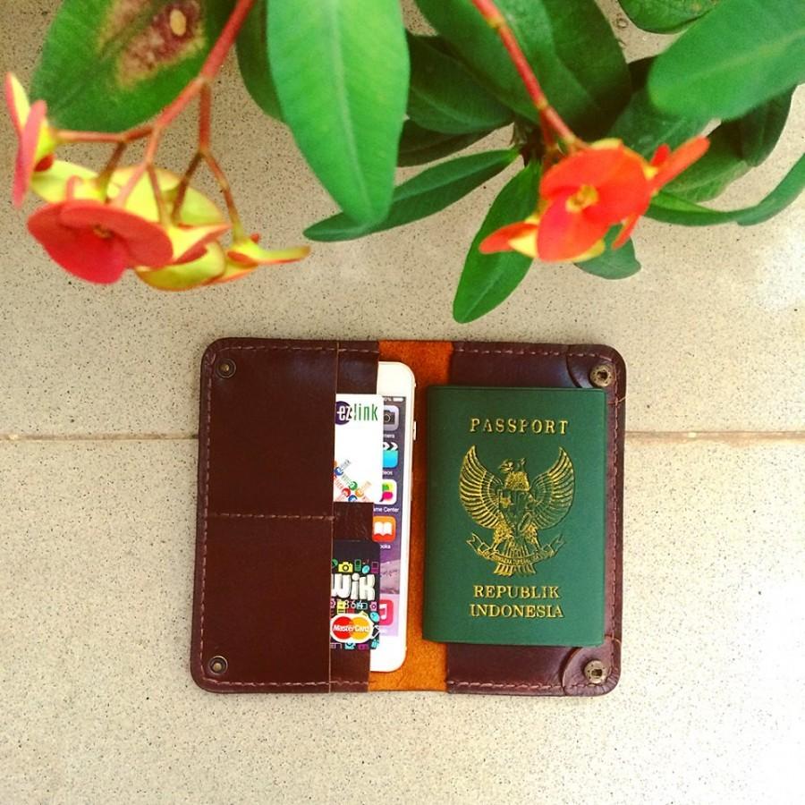 Wallet Passport + iPhone 6/6s/7 plus (color dark brown)