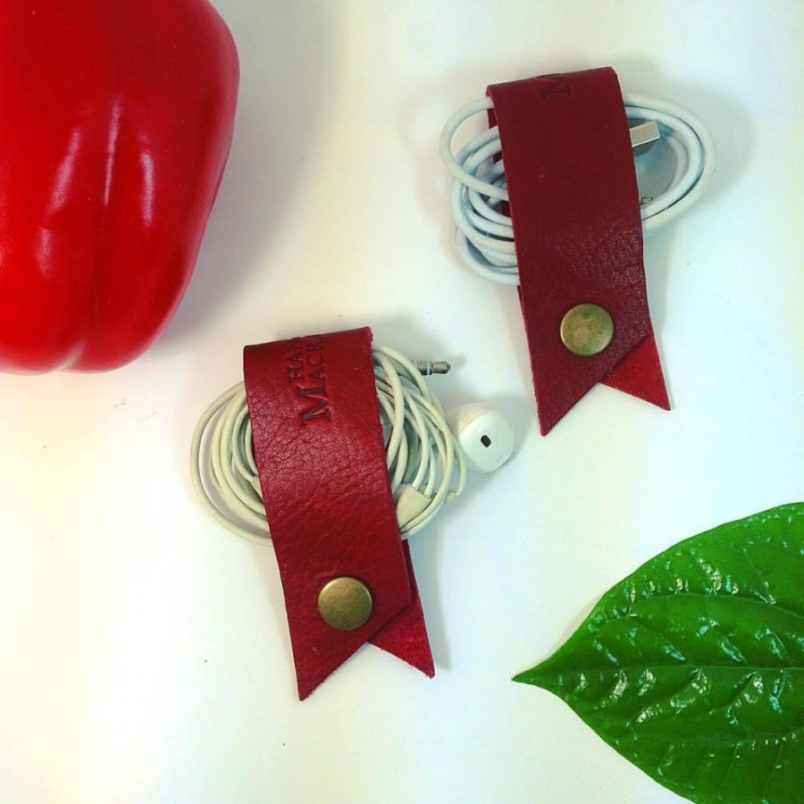 earphone/data cable strap color maroon