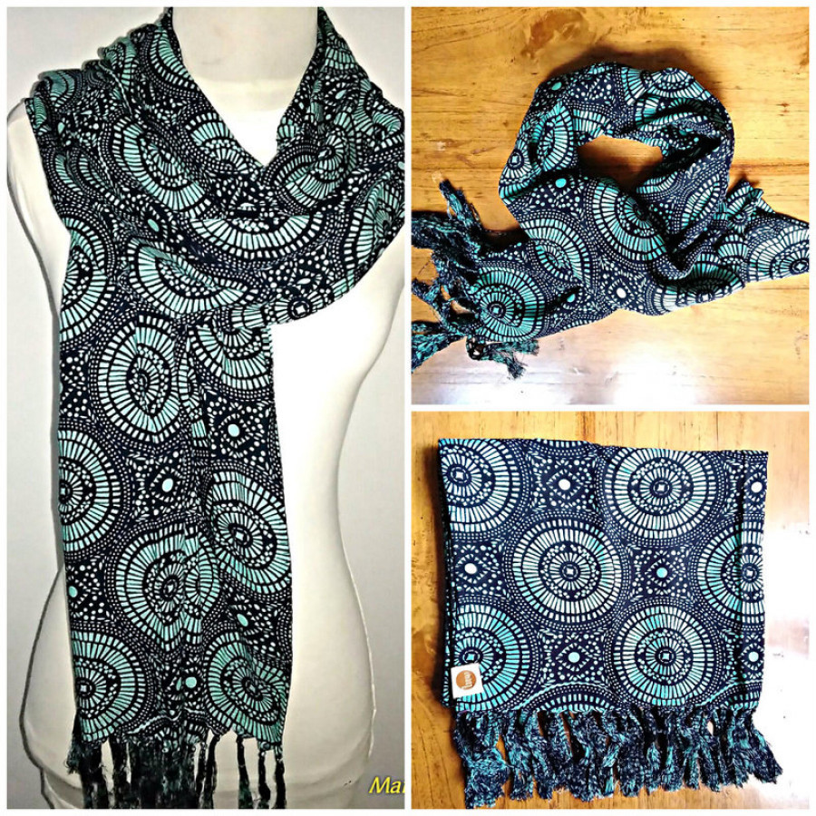 Magic Green Fringed Scarf