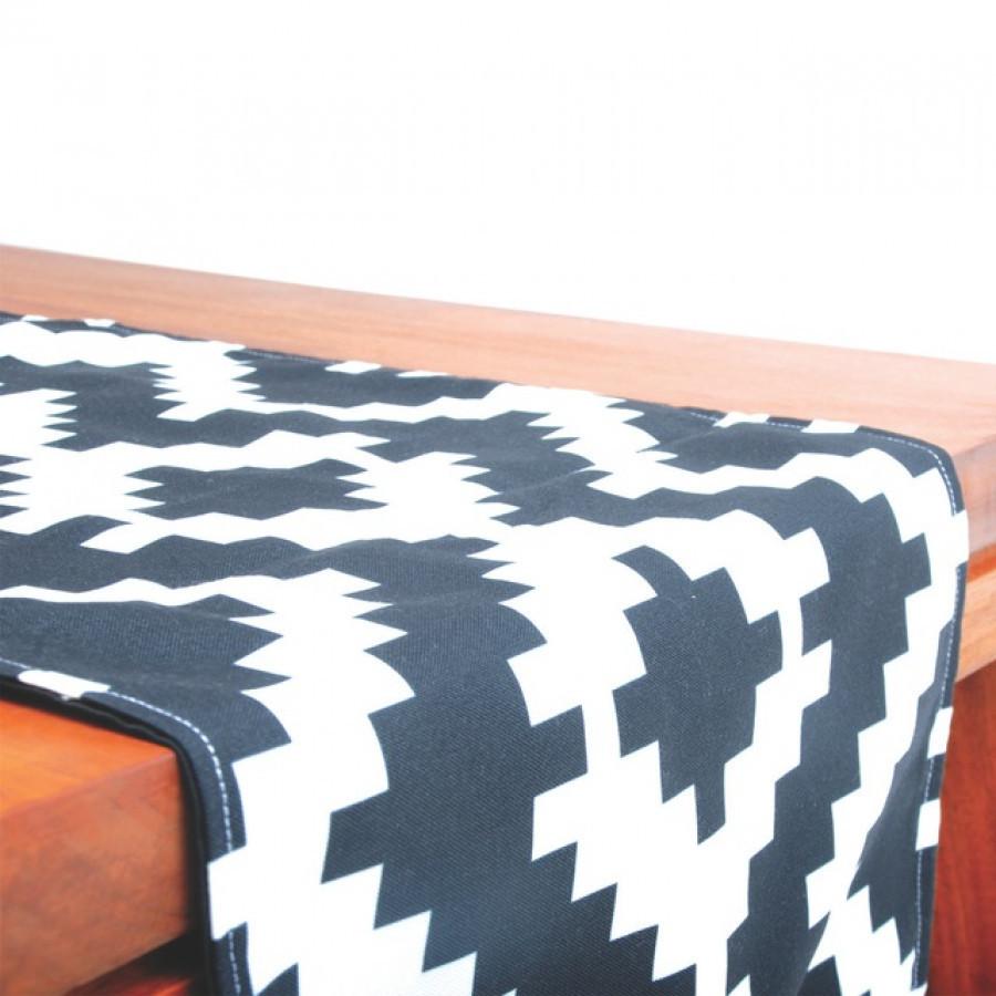 Table Runner Cubes 30 x 200