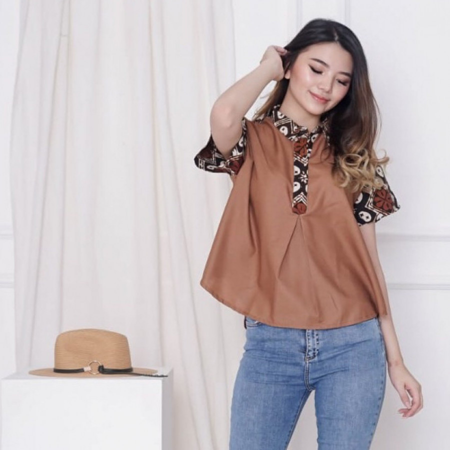 Batik Dirga Triangulum Atasan Wanita / Blouse Batik