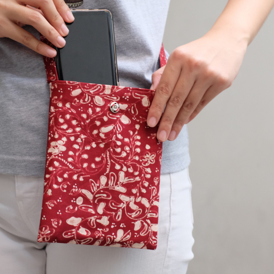 Phone Cover Batik Lasem - Maroon