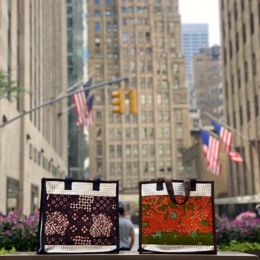 Tas daur ulang / recycle bag - Cantika Batik Klasik (Small)