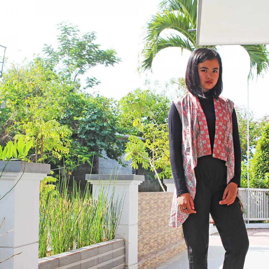 GESYAL Vest Outer Tunik Layer Pendek Batik Bead Atasan Wanita