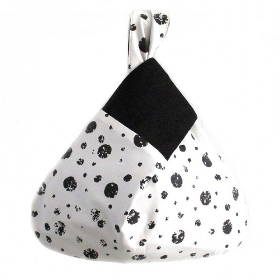 Koinobori Black Pearls Wrist Bag Tas Wanita