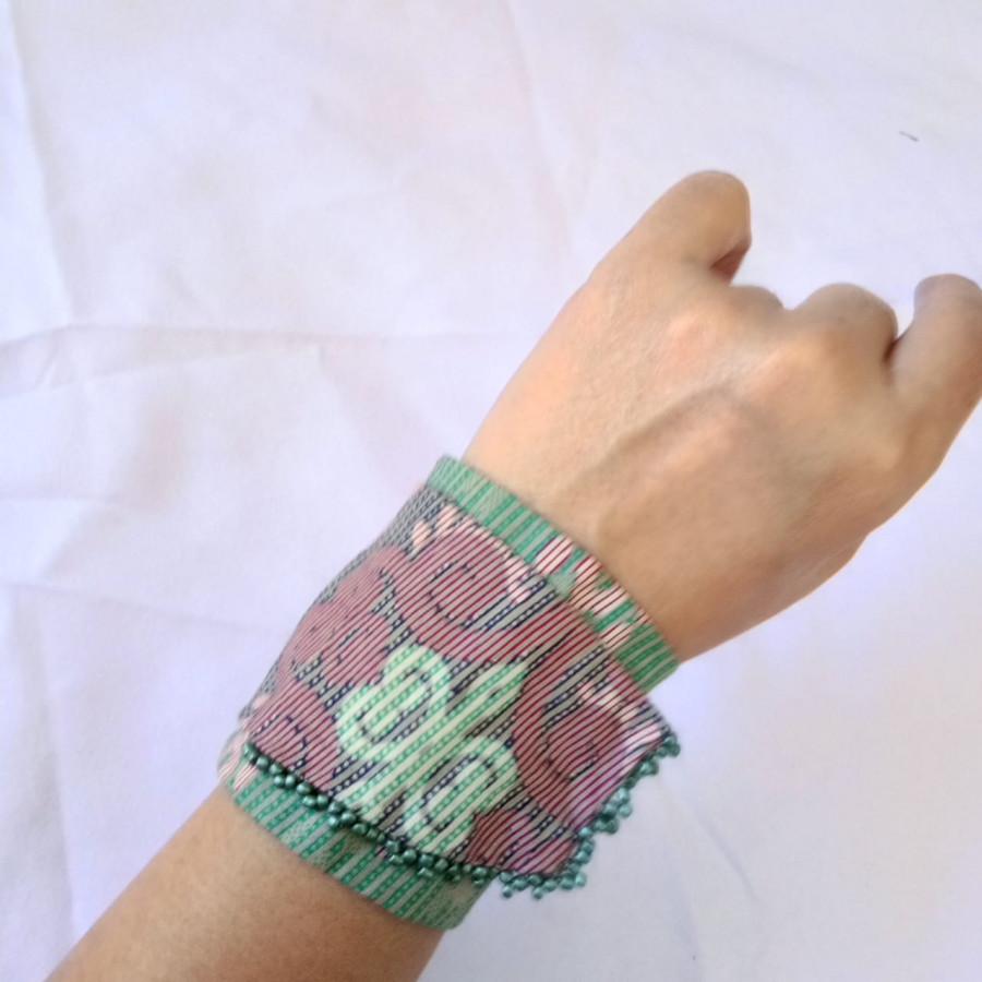 Gelang Batik Handmade Wanita Etnik Tosca GESYAL