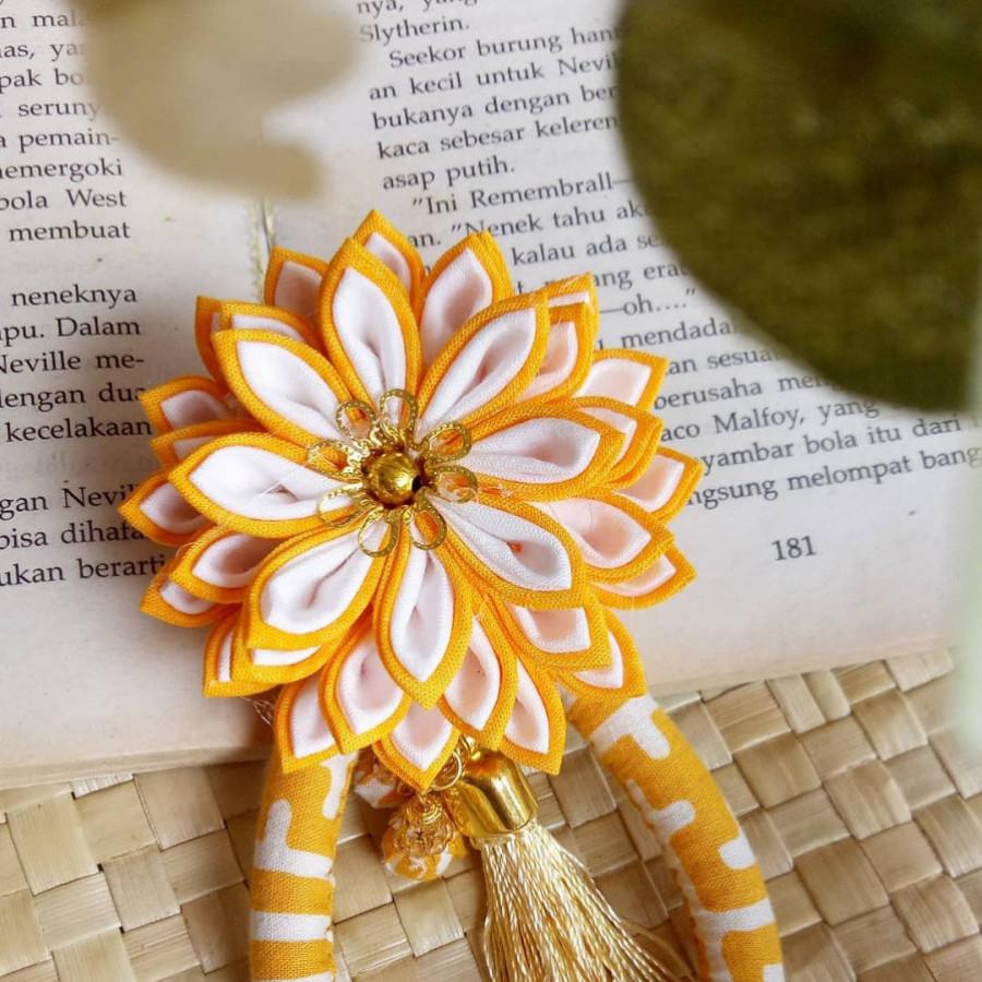 Bros Batik kuning