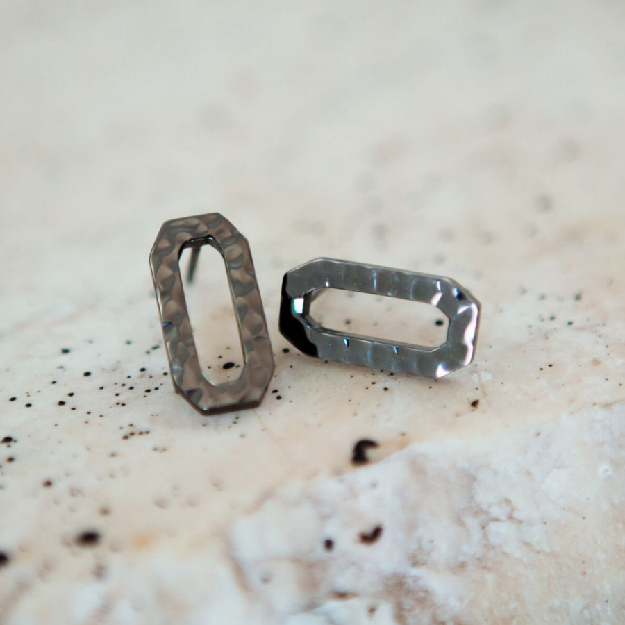 ' b e r s e g i ' small earring