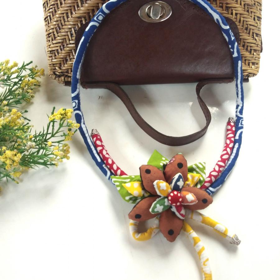 Kalung Batik Bunga Bakung 01