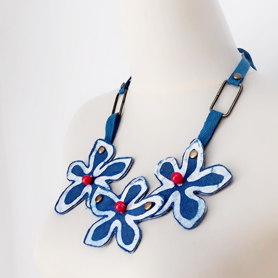 Uri Indigo Flower Necklace