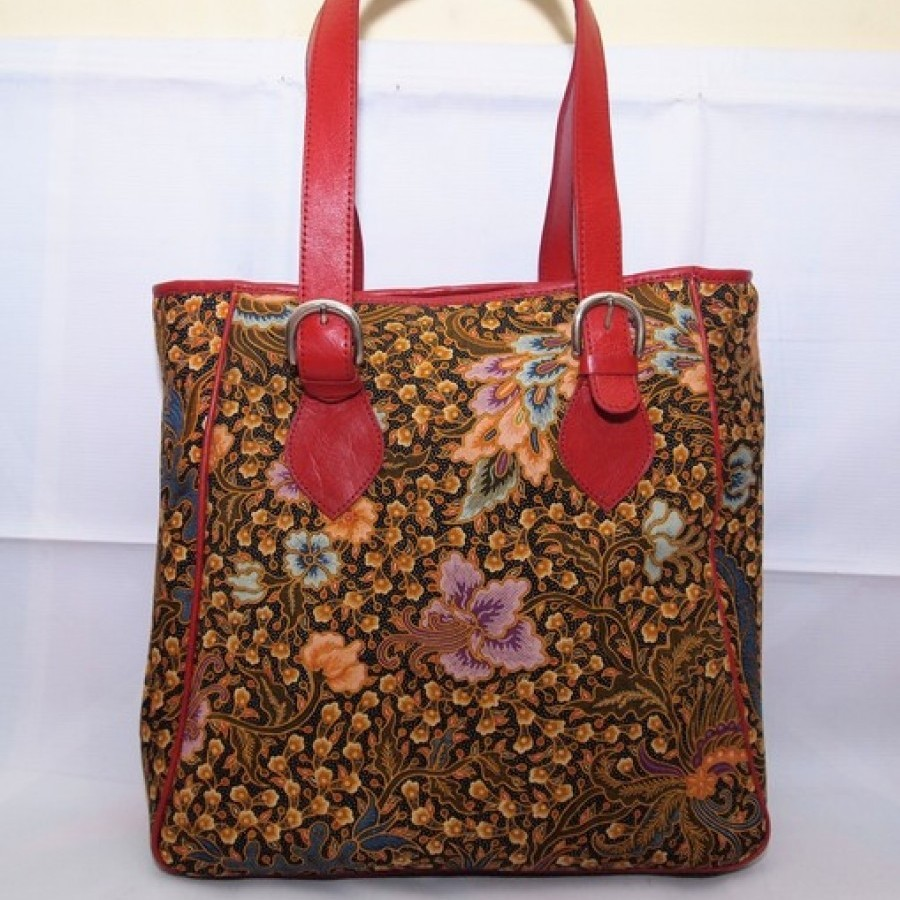 293+ Gambar Model Tas Wanita Dari Kain Batik Terbaik