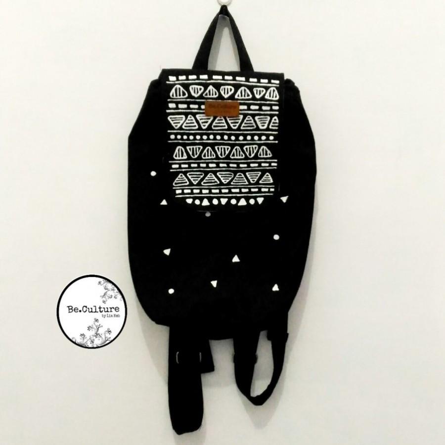 Mini backpack monochrome