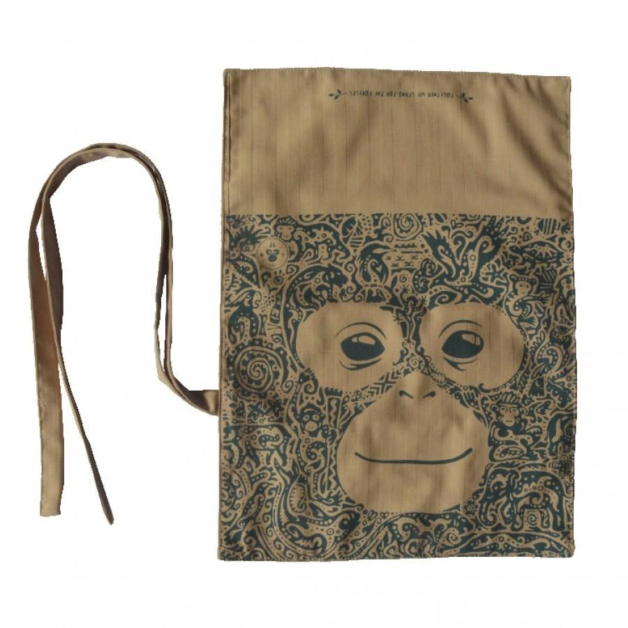 Pouch Travel Kit Orangutan Daur Ulang