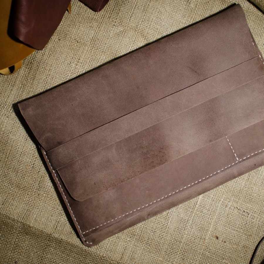 MacBook Sleeve - BaleeLeather