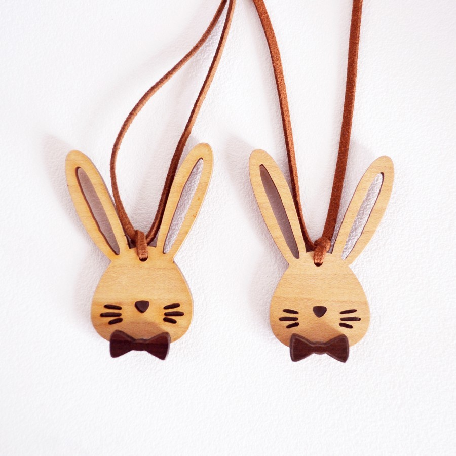 Cute Wooden Necklace (Rabbit)