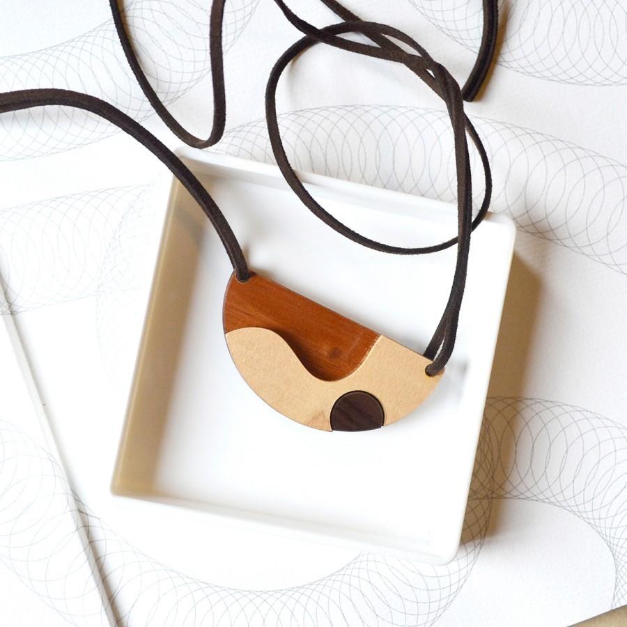Curve Wooden Necklace