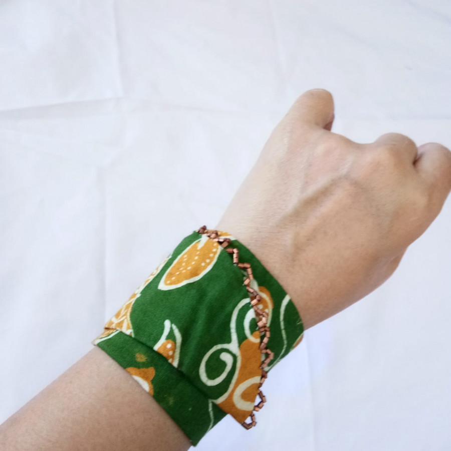 Gelang Batik Handmade Wanita Etnik Hijau GESYAL