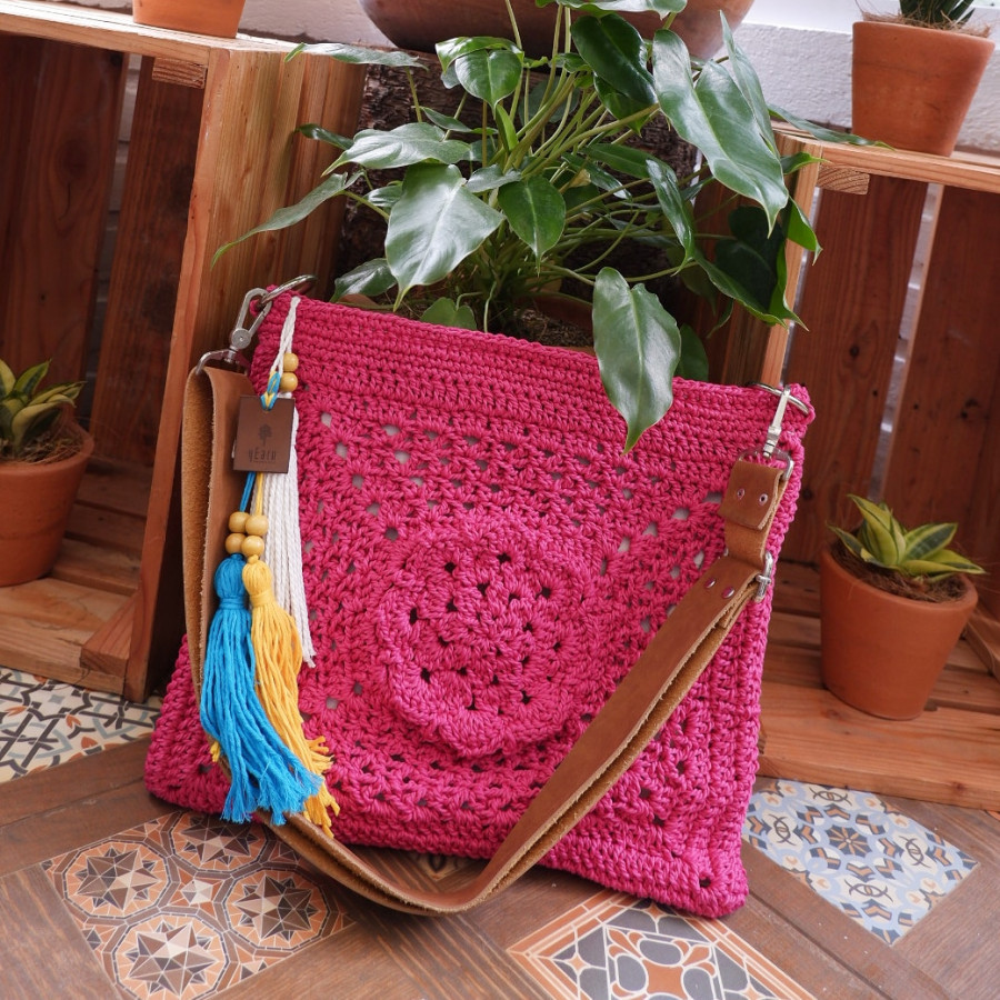 Mudejar Sling Bag Fuschia