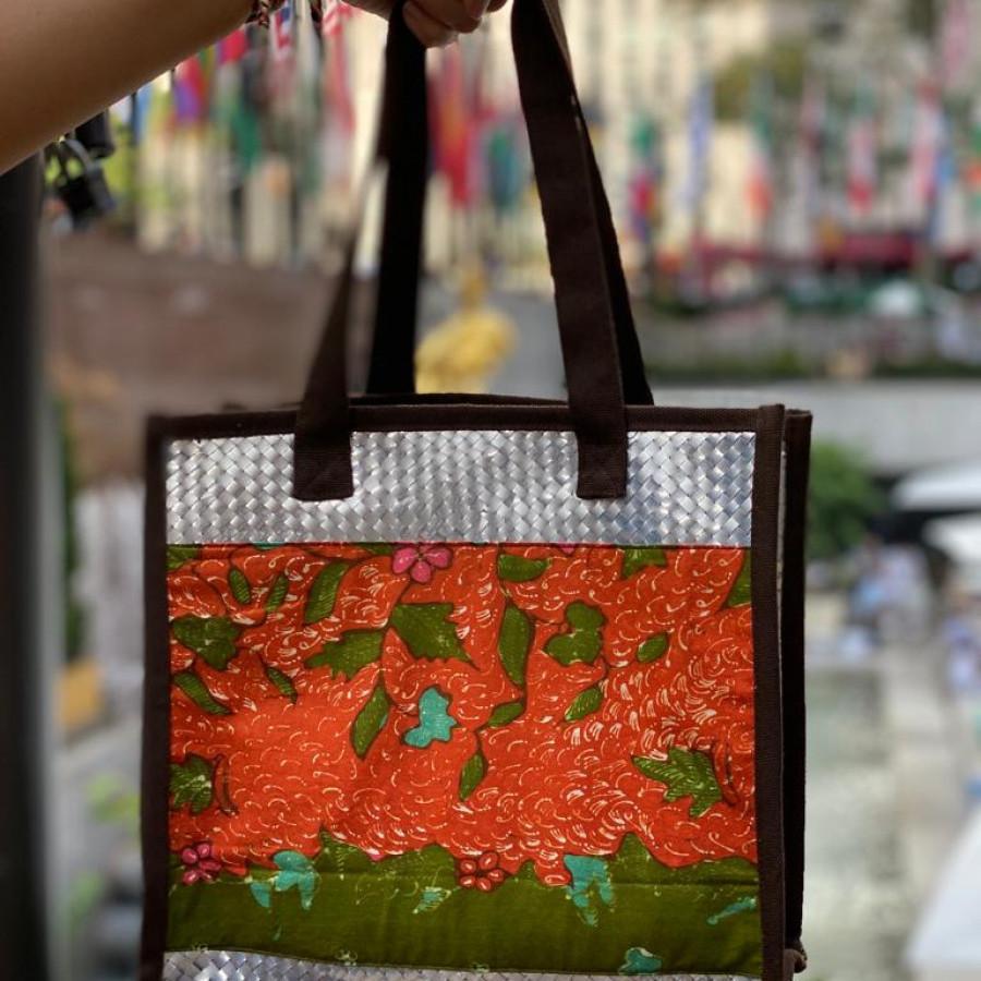 Tas daur ulang / recycle bag - Cantika Batik Orange (Small)