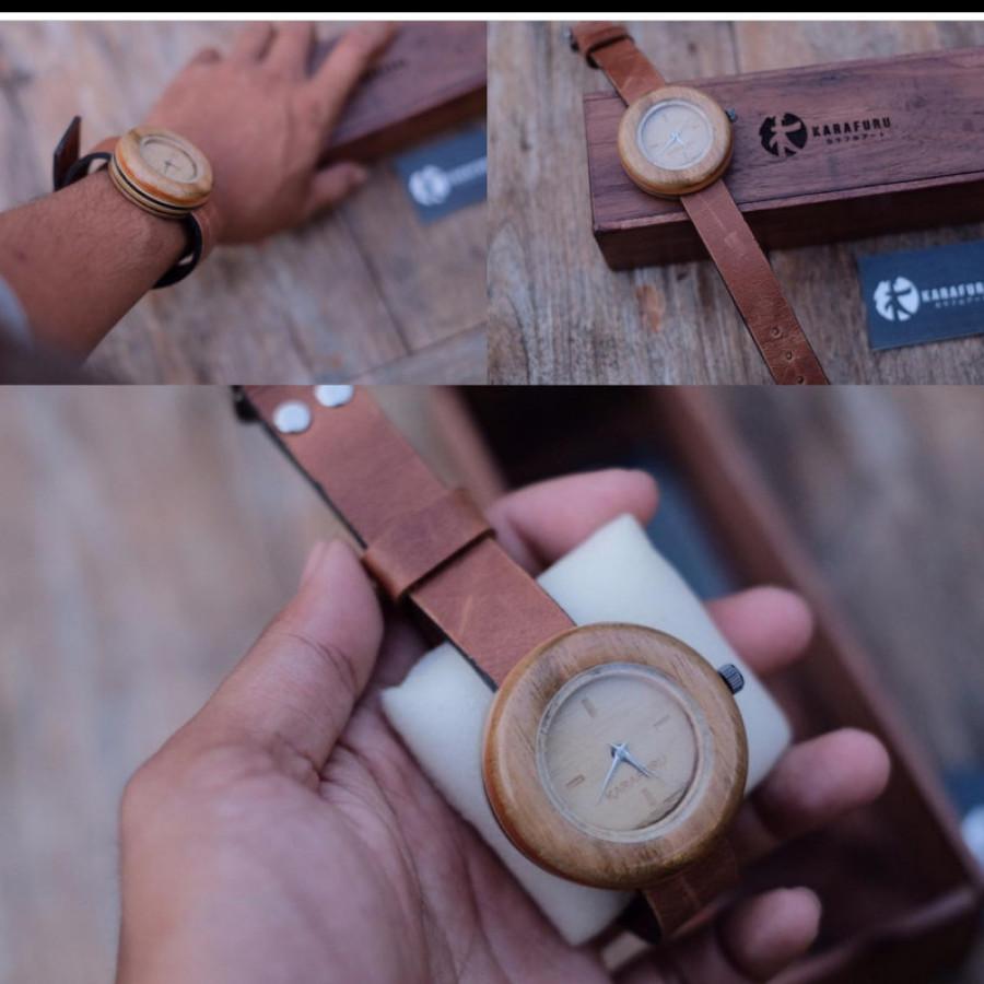 Jam tangan kayu recycle skate