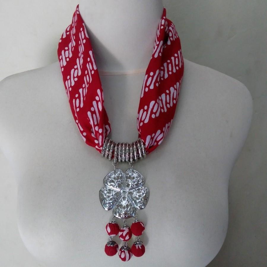 Kalung Batik Kanti (Merah)