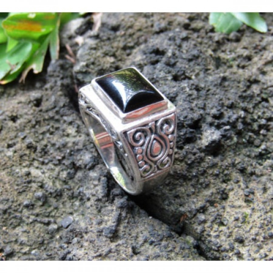 Cincin perak motif ukiran simpel batu black onyx 100274