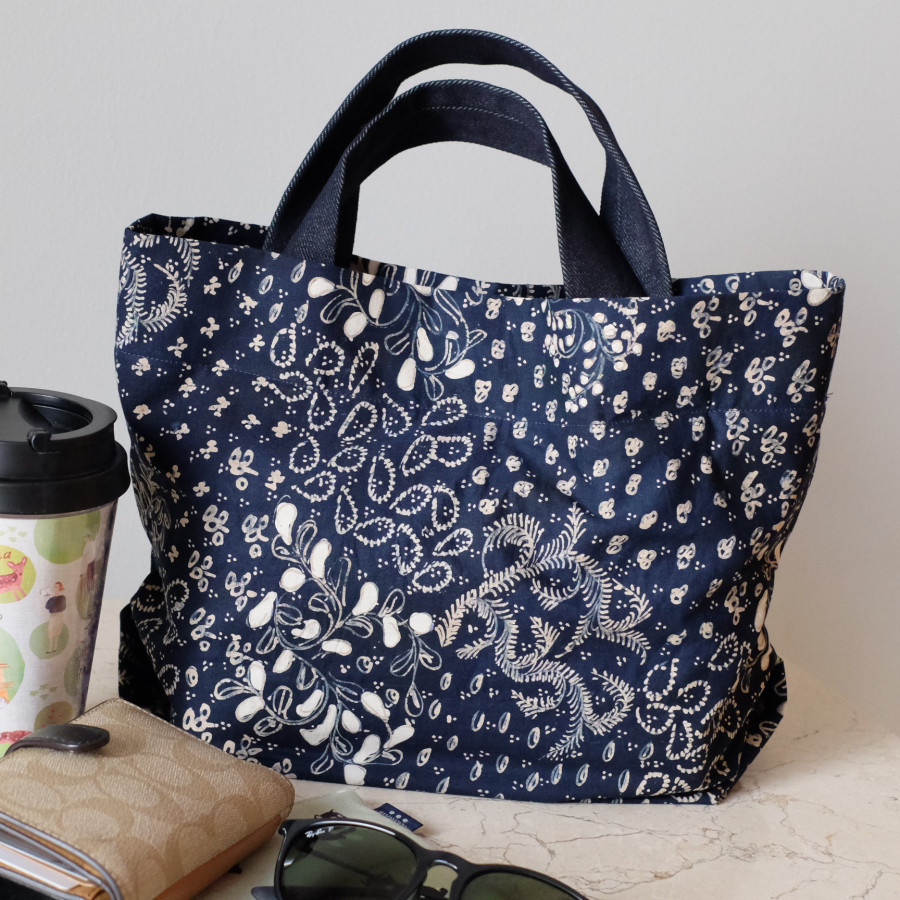 Batik Lasem Handbag - Hitam