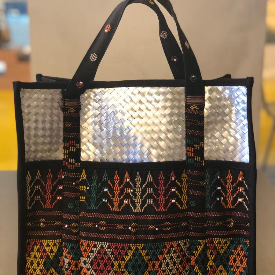 Tas daur ulang / recycle bag - Gaya Ulos