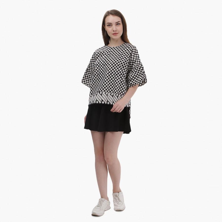 Batik Dirga Punokawan Atasan Wanita / Blouse Batik