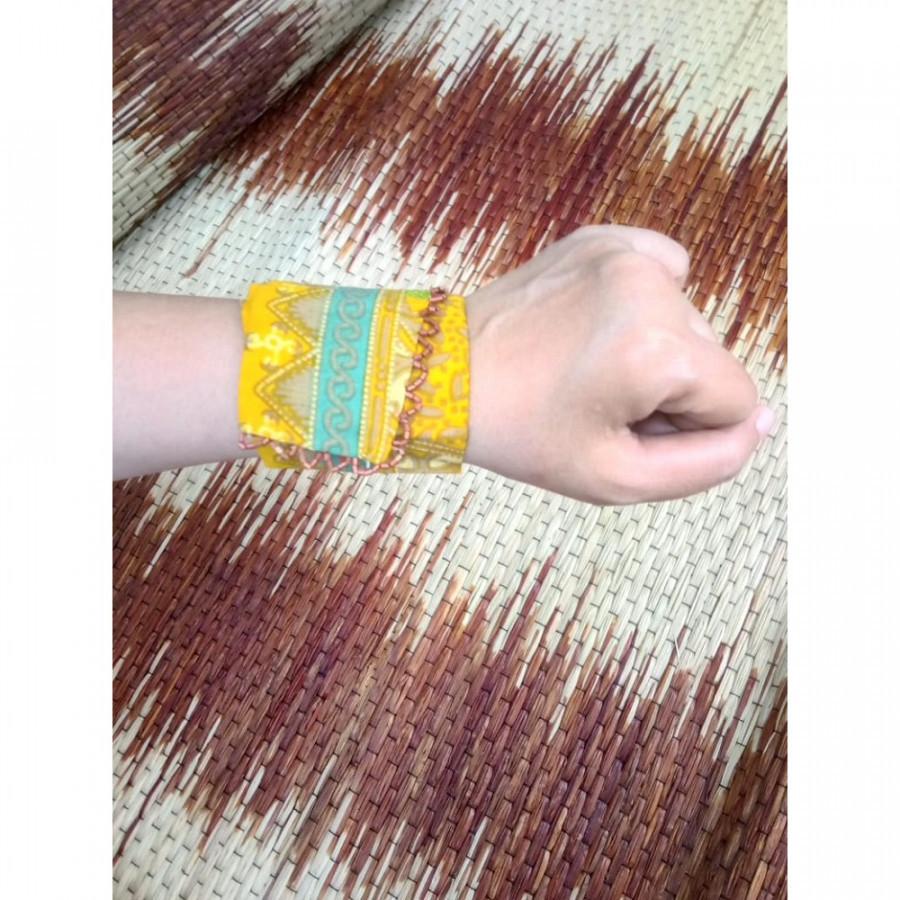 Gelang Batik Gelang Handmade Gelang Unik Batik Gelang  Gesyal Kuning