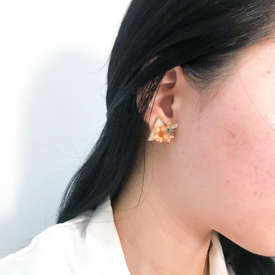 Tricona Earring