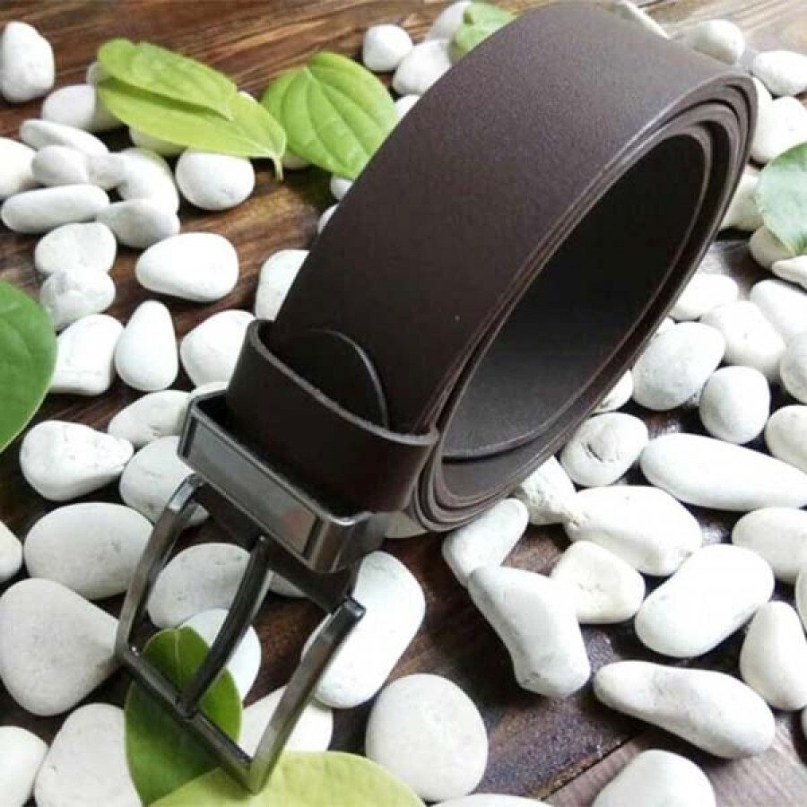 ikat pinggang kulit asli sapi warna coklat (sabuk kulit asli) Bagikan :   ikat pinggang kulit