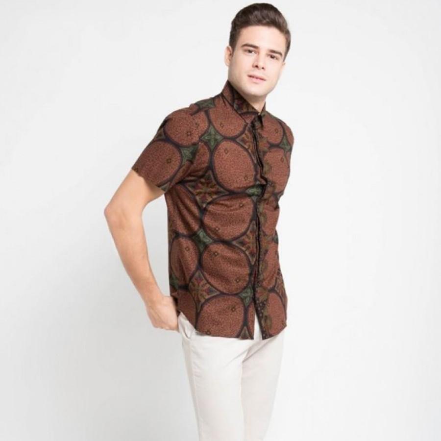 [Arthesian] Kemeja Batik Pria - Kawung Whorl Batik Printing