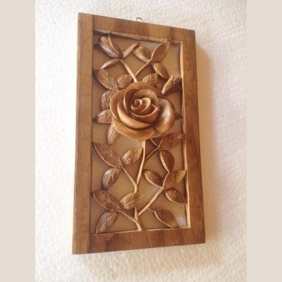 Dekorasi dinding bunga mawar