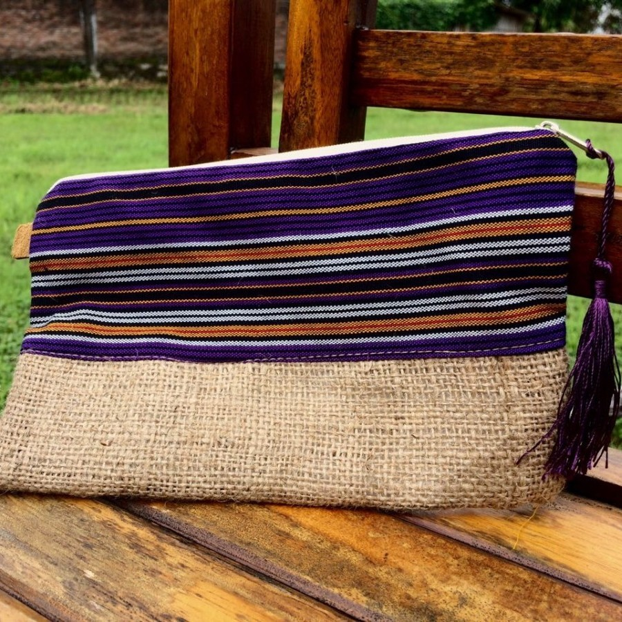 "Pouch "" Anam"""