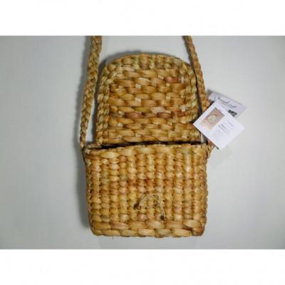bengok-sling-bag-small-horizontal_tas-enceng-gondok-handmade