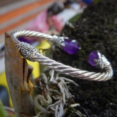 gelang-perak-motif-ulatan-batu-amethys-100057