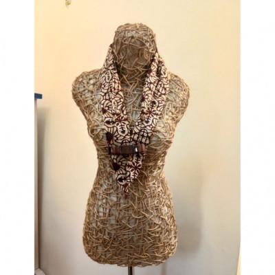 kalung-batik-kalung-handmade-kalung-unik-batik-kalung-batik-gamelan-kalung-saron-gesyal-coklat