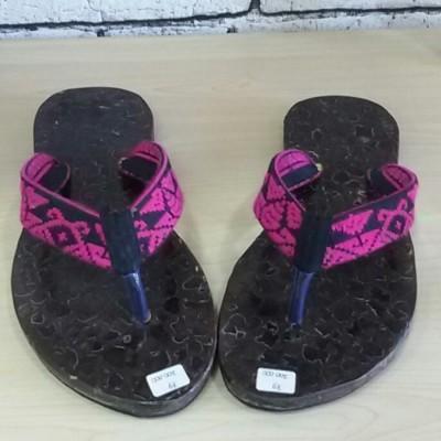 sandal-kelapa-black-pink-no.-39