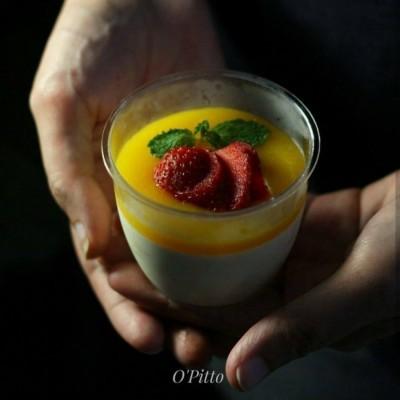 vanilla-mango-panna-cotta