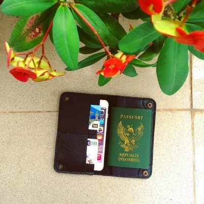 wallet-passport-iphone-66s7-plus-color-black