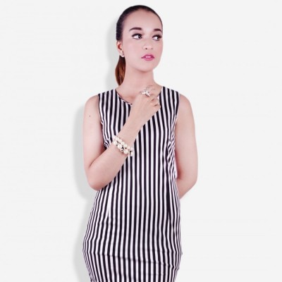 stripe-sleeveless-bodycon-dress-black