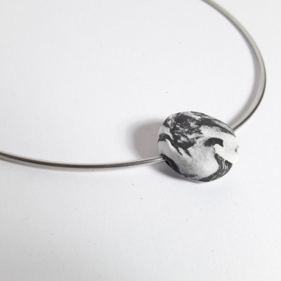 stila-bena-neckcuff
