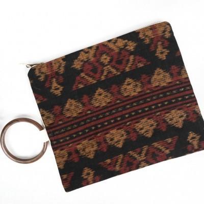 kintamani-oversized-pouch